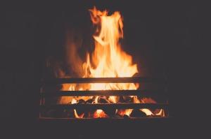 fire-690944_1280